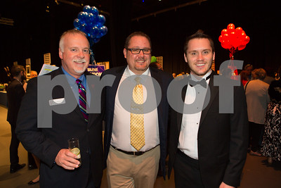 20160507_FHP-Auction_03_029_7773