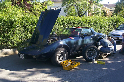 It all starts dramatically with the Corvette loosing all its brake fluid.