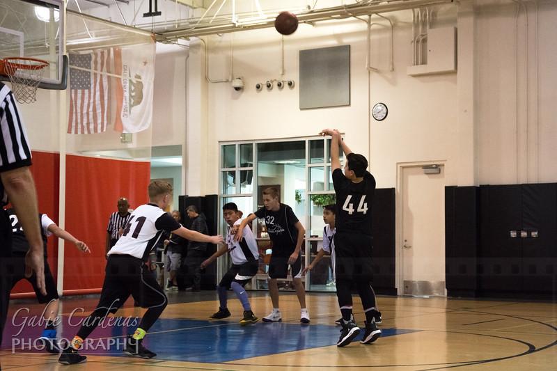 20180120 3328 Basketball