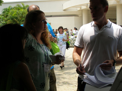 Bill Lindstaedt providing resume critiques and career counseling at SSR 2008 in Kailua-Kona, Hawai'i (May)