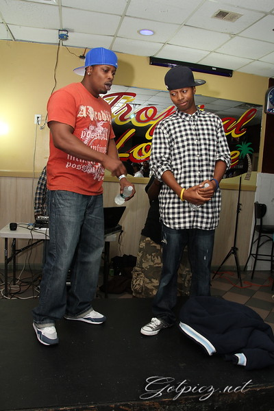 STASH HOUSE BATTLE AT THE TROPICAL LOUNGE 9/29/12