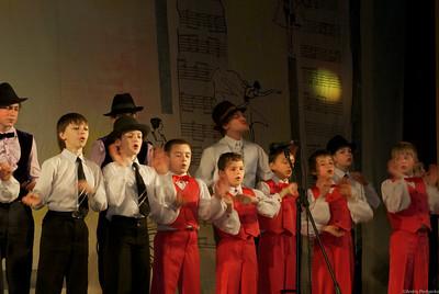 Хор Струмочок  Еврейское  попурри    все мальчики студии