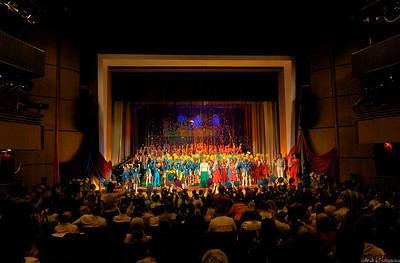 Финал юбилейного концерта хора Струмочок