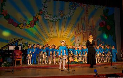 Наталия Березовская  и её младший хор  юбилейный концерт
