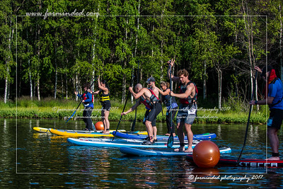DS5_7818-12x18-07_2017-Sup_N_Run-W