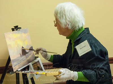 Artist Bev Kindley at Stormy Weather Arts Festival Quick Draw event at Tolovana Inn