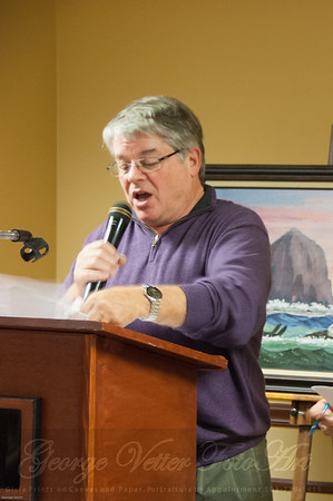Auctioneer Paul Dueber at the Stormy Weather Arts Festival Quick Draw event at Tolovana Inn