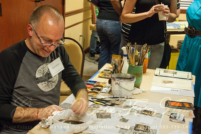 Artist Scott Johnson (White Bird Gallery) at Stormy Weather Arts Festival Quick Draw event at Tolovana Inn