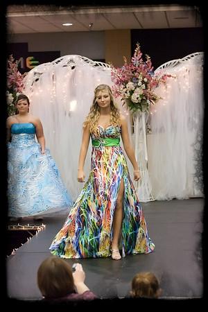 026_Bridal Fair 013011_9552 jpg