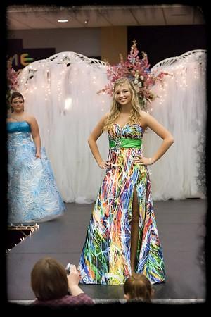 027_Bridal Fair 013011_9553 jpg