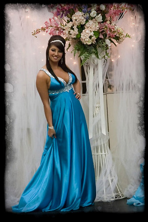 058_Bridal Fair 013011_9590 jpg