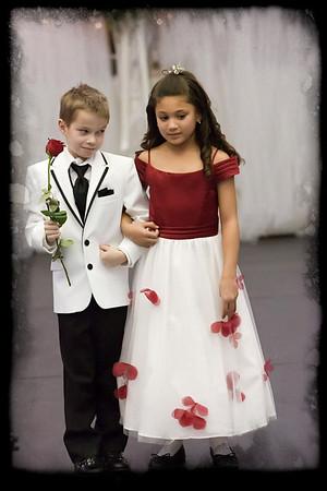 102_Bridal Fair 013011_9637 jpg