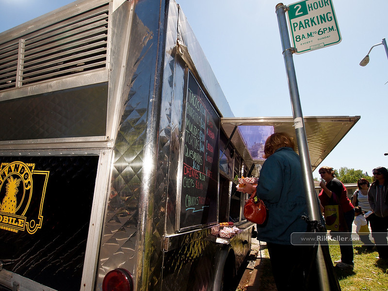 """P4303898<br /> The Chando's Tacos truck (Sacramento). Current City of Sacramento ordinances require food trucks to move every 30 minutes.<br />  <a href=""""http://www.chandostacos.com"""">http://www.chandostacos.com</a>"""