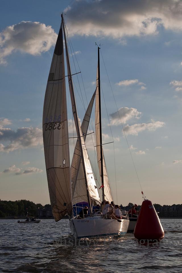 RobertaMislevy-Sailing-9837