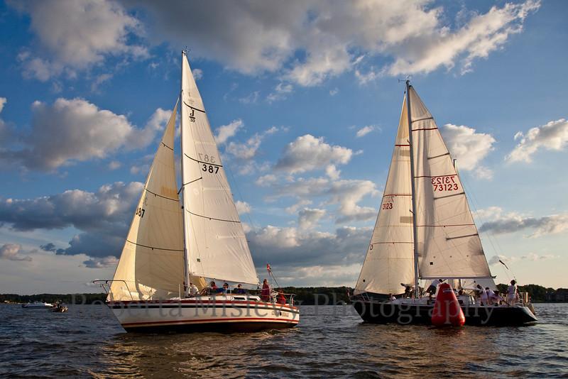 RobertaMislevy-Sailing-9890