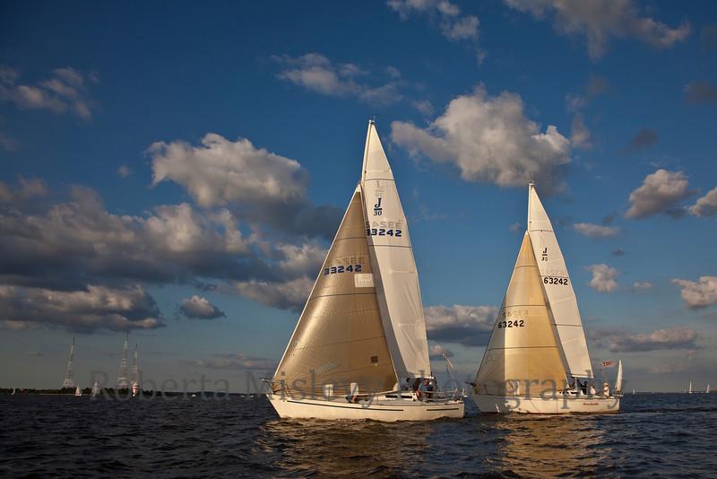 RobertaMislevy-Sailing-9893