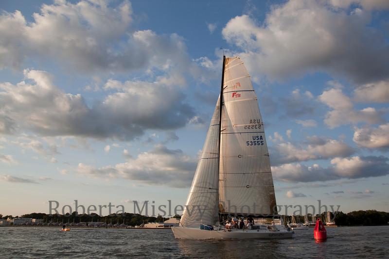 RobertaMislevy-Sailing-0012