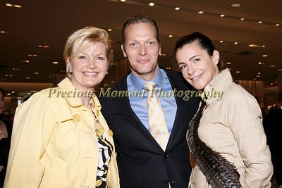 IMG_9028 Leslie Sacks,Marc Hruschka & Margaret Luce