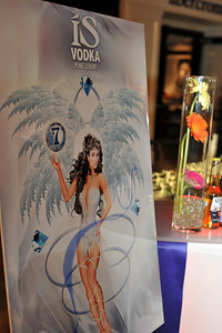 "High quality photo gallery of Saks Fashion Show Party with Vegas Magazine at Fashion Show Mall in Las Vegas. ISVodka was proud to be the spirits sponsor serving 3 kinds of martinis keeping everyone coming back for more! High quality pictures free download for personal use only with photo credit of "" Mark Bowers, Courtesy of www.ISVodka.com """