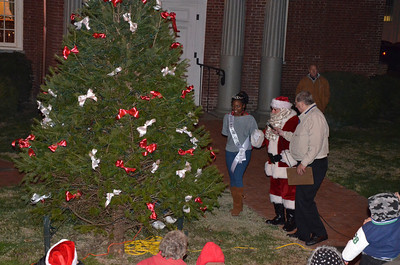 2011SalemChristmasTreeLighting45