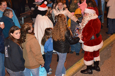 2011SalemChristmasTreeLighting32
