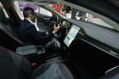 Tesla Model S - 2014