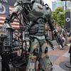 Still giant robot!