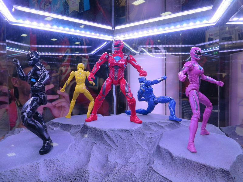 FIRST LOOK: POWER RANGERS action figures revealed at #SDCC