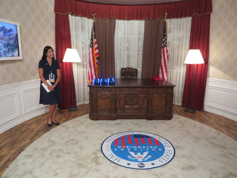 ABC's DESIGNATED SURVIVOR experience takes you into the oval office at #SDCC