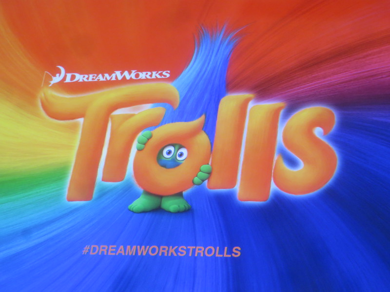 Five things we didn't expect from TROLLS, plus Baldwin's Bossy Baby! – #SDCC