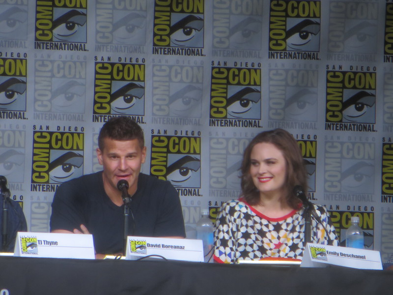 Fan questions! Fan, fan questions! BONES returns one last time to #SDCC