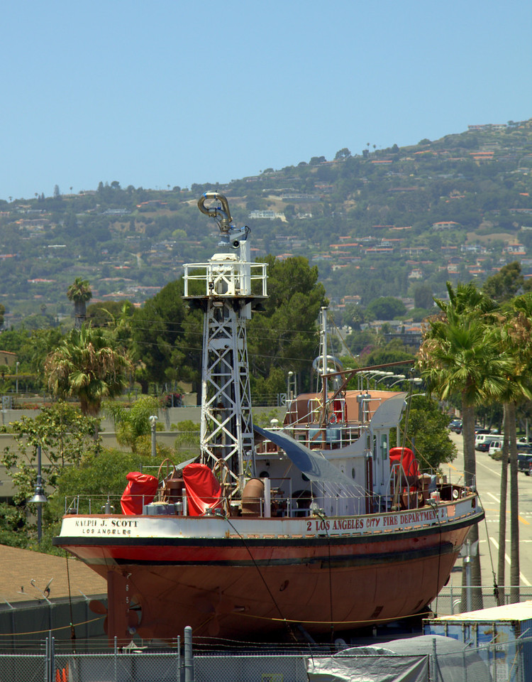 Retired fireboat with San Pedro hill in background.