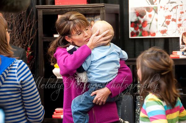 Sarah Palin - Book Signing, Dillons Marketplace, Andover KS