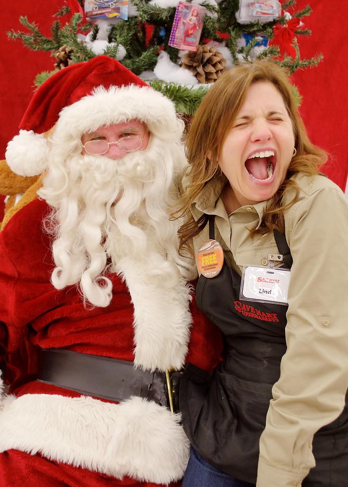 SaveMart Santa Pictures