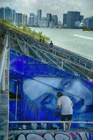 Day 167 @r_o_n_e creating his mural on this gorgeous Miami day.