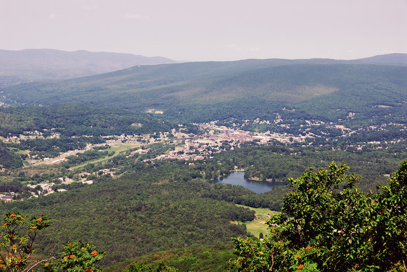 <b>North Adams from Spruce Hill</b>   (Jul 03, 2006, 11:34am)