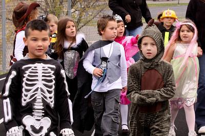 10 10 29 Halloween Parade-016