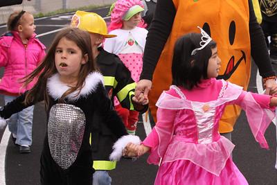 10 10 29 Halloween Parade-018