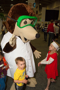 Avery, 6yr, Dean, 3yr  SS, Md  meet the dog from the  American Chemical Society