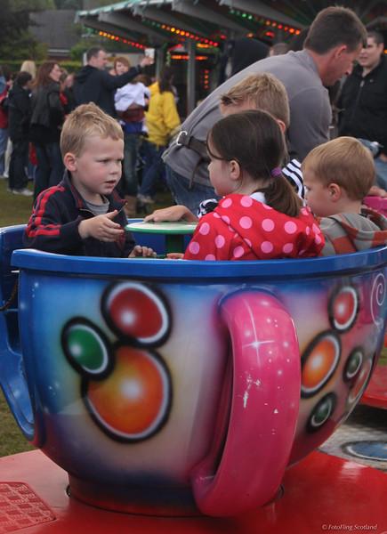 Children in a tea-cup