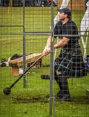 Hammer Swinger Aboyne Highland Games 2009