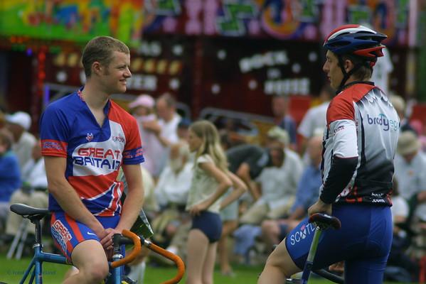 Cyclists at Alva Games 2005