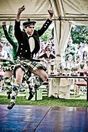 Highland Leap Christopher Munro won Best Male Dancer at Bathgate & West Lothian Highland Games 2009