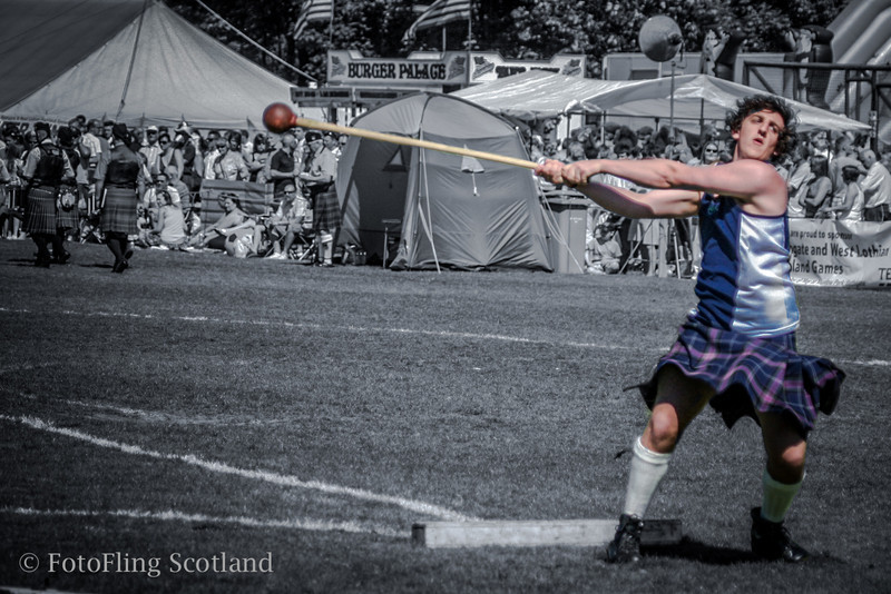 Hammer thrower- watch out !  Bathgate & West Lothian Highland Games 2009
