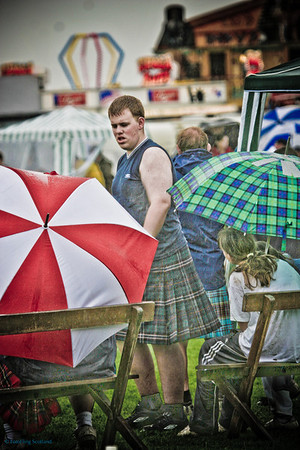 Kiltie in the Rain<br /> Bridge of Allan Games 2007