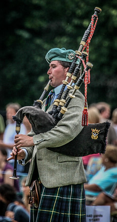 Solo Piping