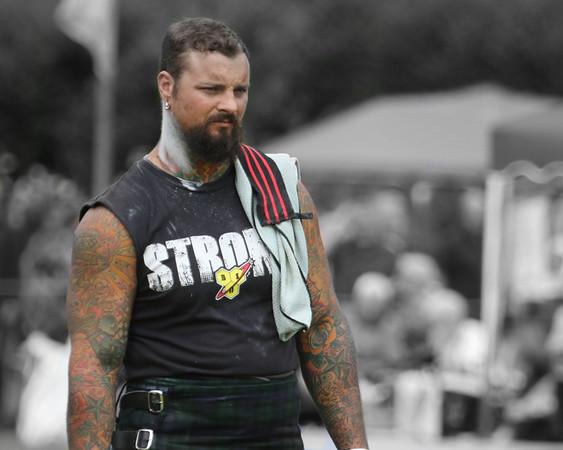 THe Tattoo-ed Heavyweight Contestant
