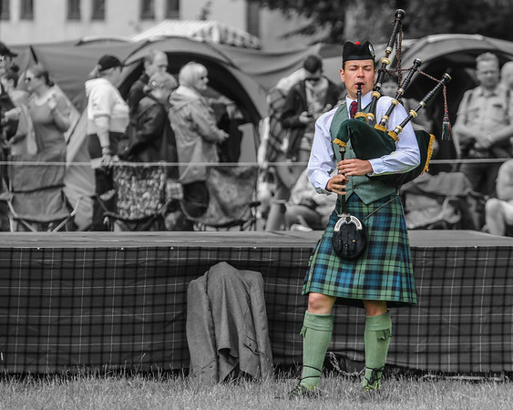 The Highland Dancers' Piper