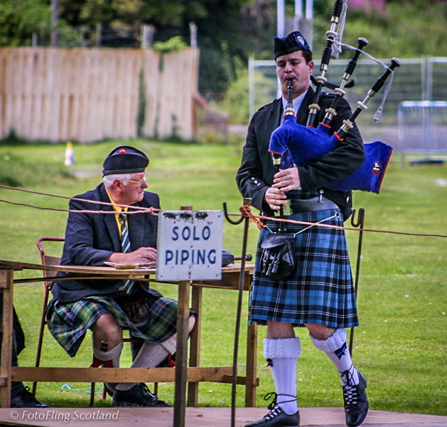 Solo Piping Inverkeithing Games 2001
