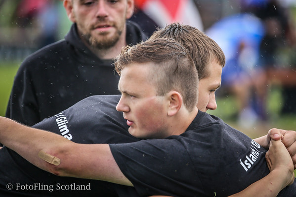 Icelandic Wrestlers at Bridge of Allan Highland Games 2014
